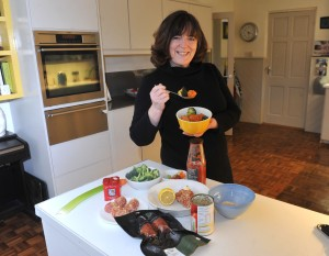 Examiner  Feature   Picture  13/02/15  Roz cooking . Picture:Des Barry